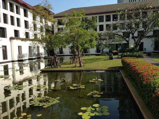 The Sukhothai Bangkok: Inner garden