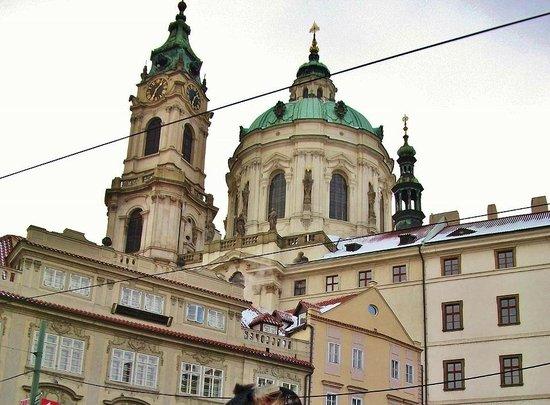 Église Saint-Nicolas de Malá Strana : Церковь Святого Николая в Мала Страна