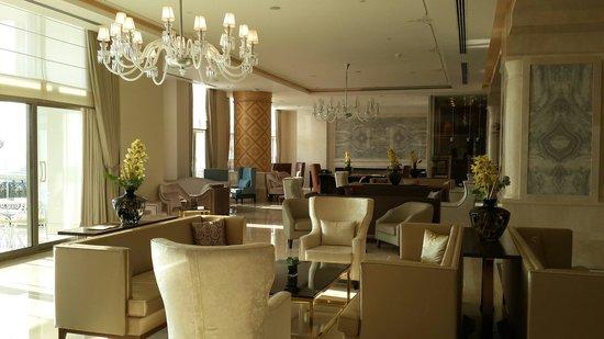 CVK Park Bosphorus Hotel Istanbul : Лобби