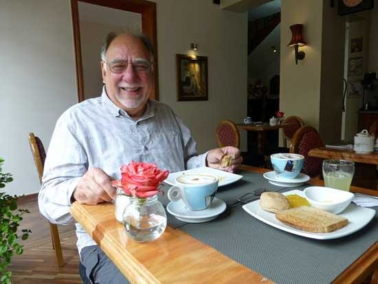 Casa Joaquin Boutique Hotel: Steve in the breakfast room