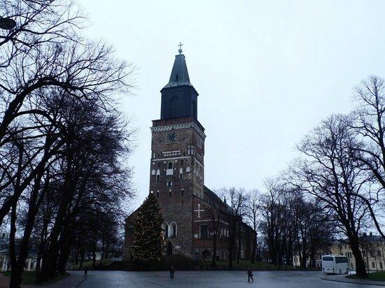 Cathédrale de Turku : outside