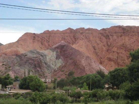 El Manantial del Silencio: Vista desde la entrada del hotel en la ruta