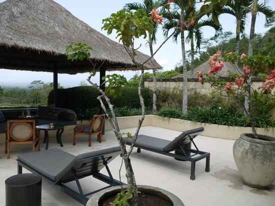 Amanjiwo Resorts: Terrasse