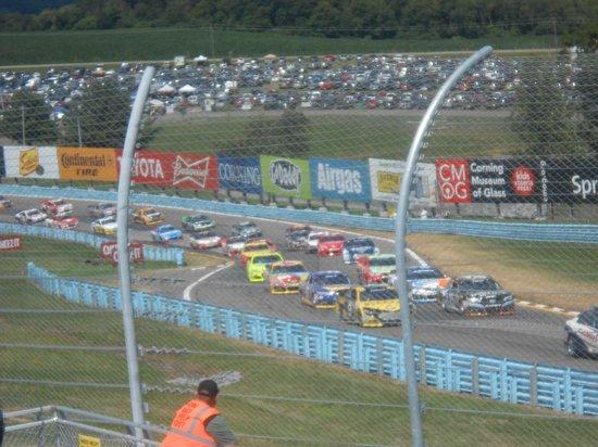 Watkins Glen International: Sprint Cup race under caution