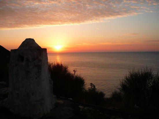 Afroditi Pansion: Agios Nikitas - Milos beach