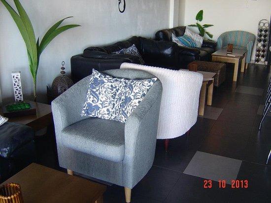 Lounge Bar: Lounge