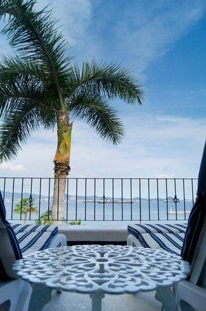 Dolphin Cove Inn: Vista a la bahía