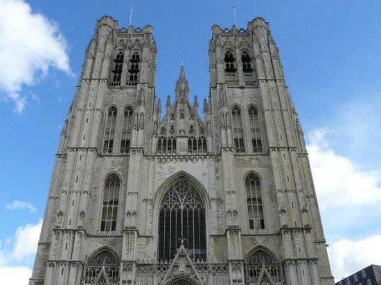 Cathédrale Saints-Michel-et-Gudule de Bruxelles : SMySG