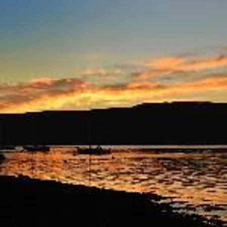 Don Muir Guest House: sunset in Oban bay