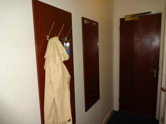 Hotel Alexander: quarto