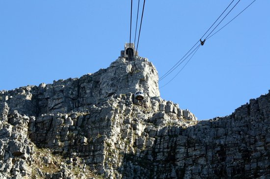 House on the Hill : Table Mountain Aerial Cableway