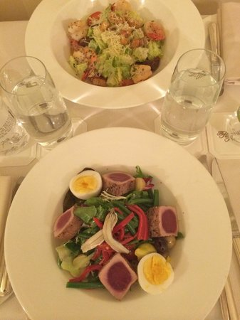 The Hay-Adams: Salade niçoise in-room dining