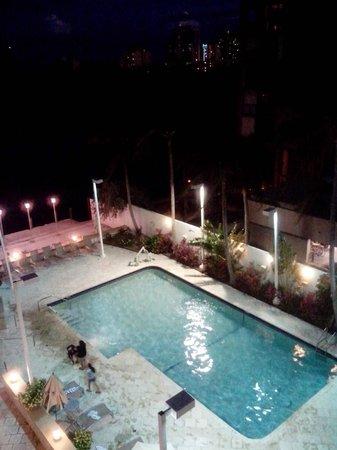 GALLERYone - A DoubleTree Suites by Hilton Hotel: Vue du balcon