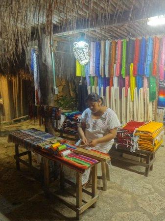 Xcaret Eco Theme Park: Recuerdos Mexicanos