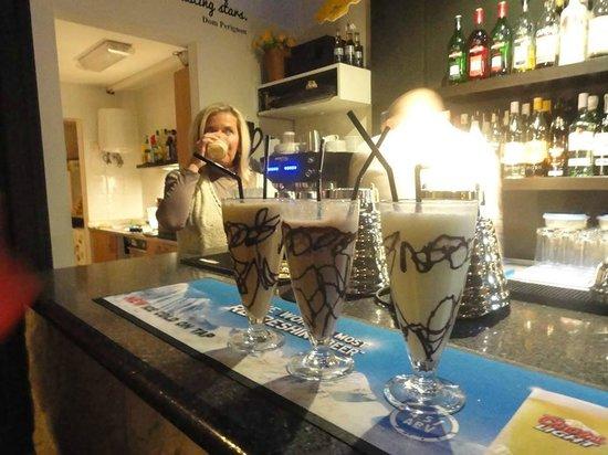 Lounge Bar: Fantastic Milkshakes.