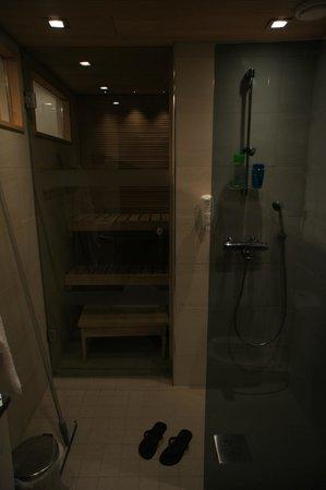 Holiday Club Levi: Inside the bathroom