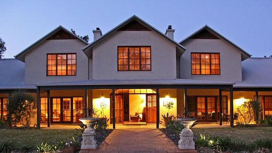 Spicers Vineyards Estate : Exterior