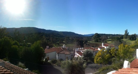 Ojai Valley Inn: View from Shangi-La building