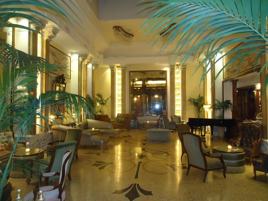 Grand Hotel Savoia: grand salon