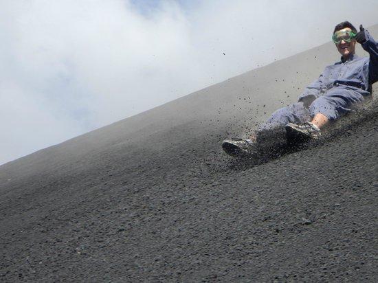 Mas Adventures: volcanoboarding