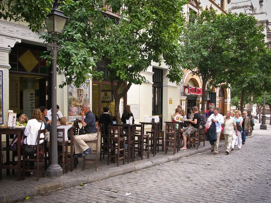 Hotel Goya: calle mateos gagos