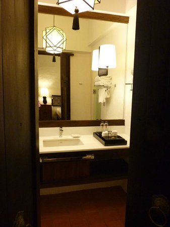 Rachamankha: Bathroom