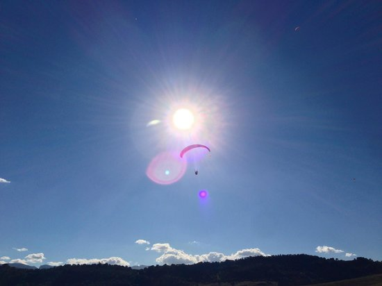 FlySpain Paragliding Centre: Great weather most of the time...