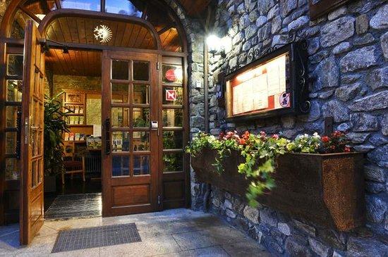 Hotel del Tarter : Entrance