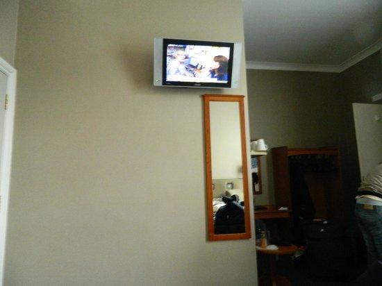 Sidney Hotel London-Victoria : Habitación