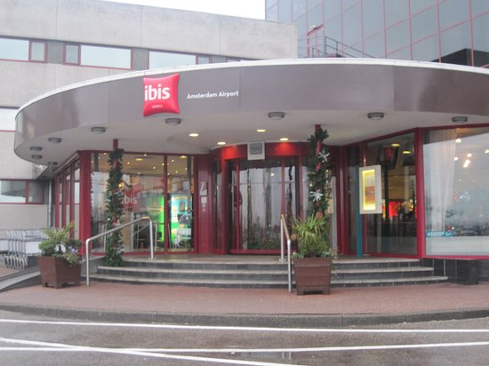 Hotel Ibis Schiphol Amsterdam Airport: hotel front