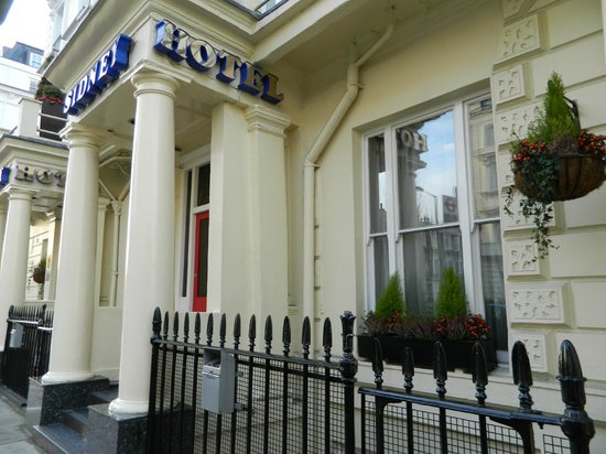 Sidney Hotel London-Victoria: Fachada del hotel