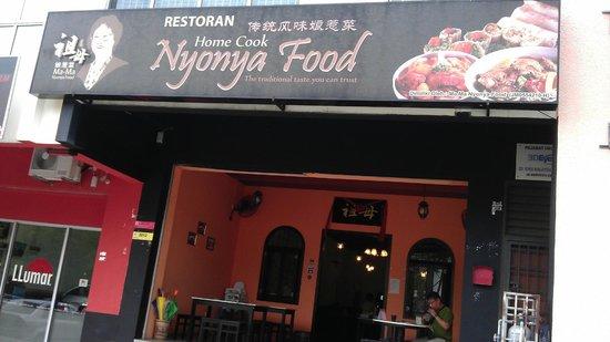 MaMa Nyonya Food: ma-ma nyonya food