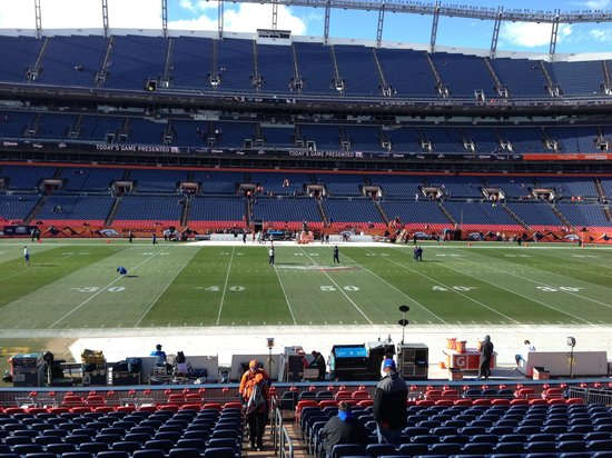 Sports Authority Field at Mile High: Midfield