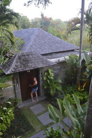 Gending Kedis Villas & Spa Estate: Villa entrance