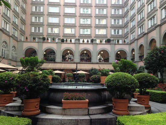 Four Seasons Mexico City: The garden