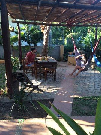 Puerto Surf: Uteplatsen med hammocks