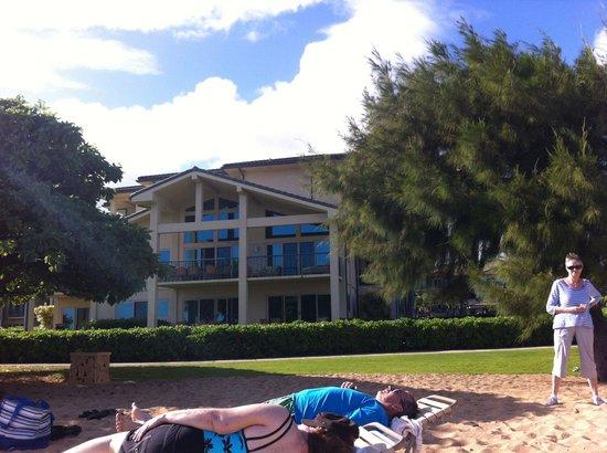 Waipouli Beach Resort: View from beach of unit h101 on ground floor