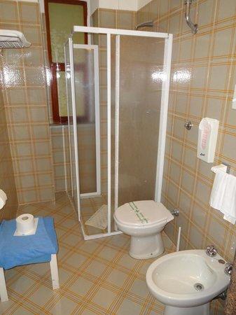 Park Hotel Terme Michelangelo: il bagno della nostra camera