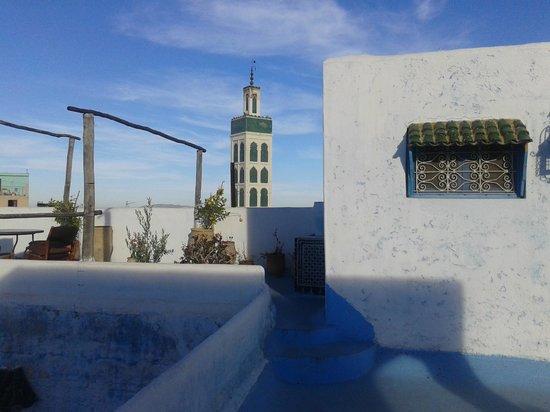 Riad Amazigh Meknes : vista en la terraza