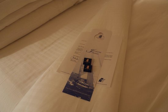 The Ritz-Carlton, Fort Lauderdale: Turndown Service