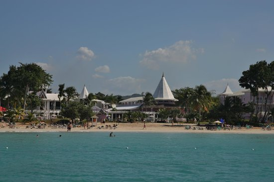 Hotel Riu Palace Tropical Bay: hotel view from the water