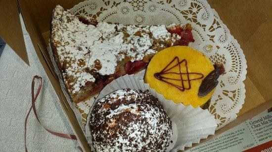 LeGrand Bakery: Fruit tart, apricotene, and chocolate bowl