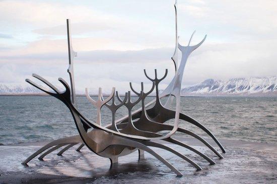 Solfar (Sun Voyager) Sculpture : Sun Voyager