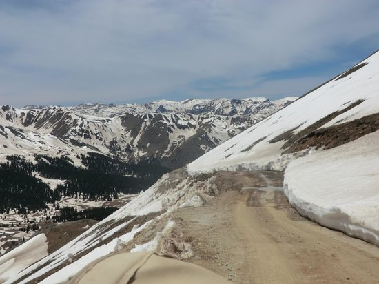San Juan Backcountry: road to Engineer Pass