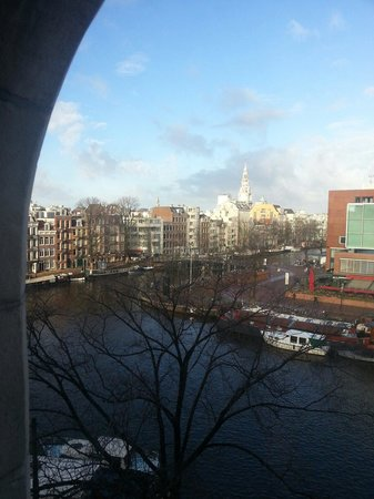 Hampshire Hotel - Eden Amsterdam: View from our 5th floor bedroom