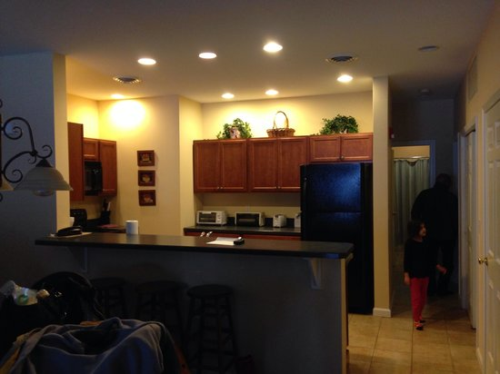 Village Center/Mountainside Condos at Jiminy Peak : Kitchen