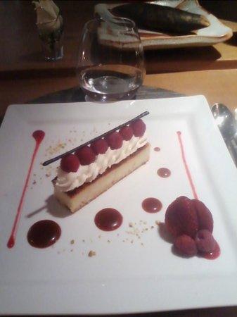 Iloli: Dessert ispirato all'artista YAYOI KUSAMA