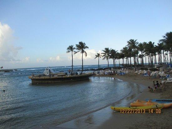 Caribe Hilton San Juan : Private beach