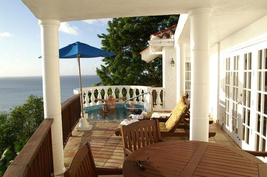 Windjammer Landing Villa Beach Resort: our deck and plunge pool