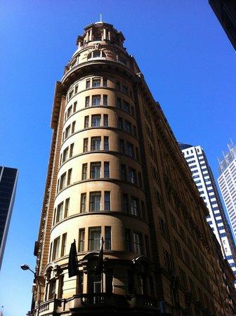 Radisson Blu Plaza Hotel Sydney : Exterior of hotel